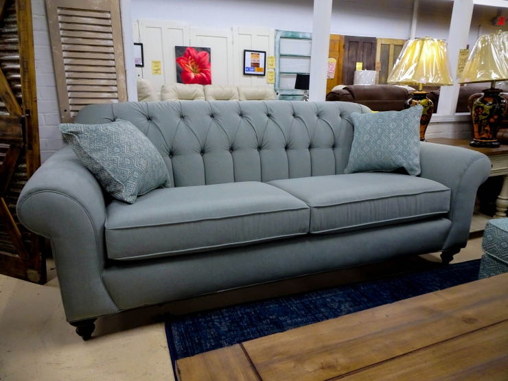 chesterfield sofa pillows pat cosletts simplicity furniture evansville
