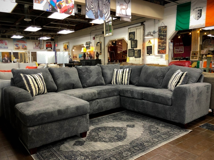 sectional sofa chaise pat cosletts simplicity furniture evansville