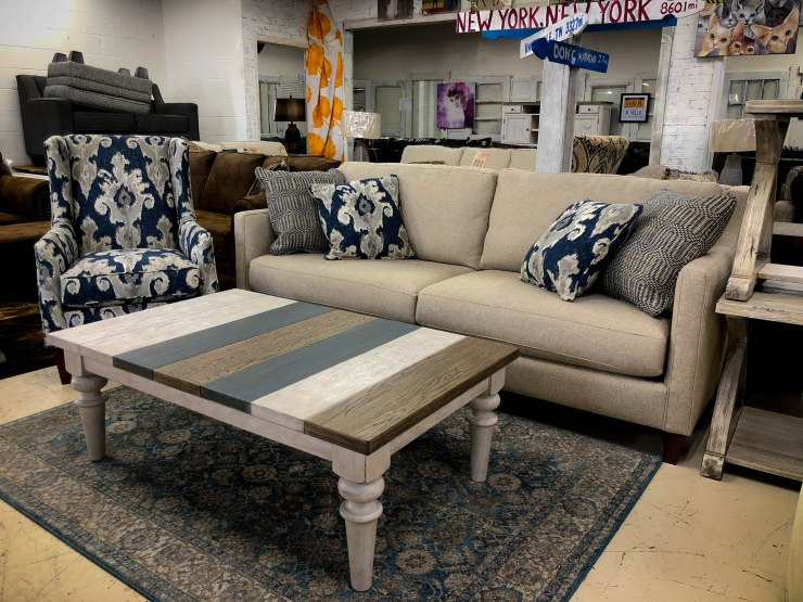 sofa chair table rug pillows pat coslett simplicity furniture evansville